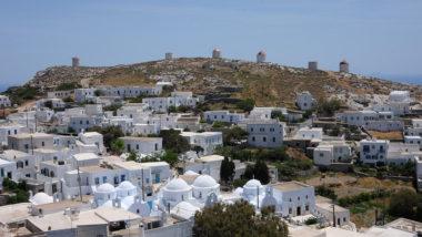 Le village de Chora et ses moulins - Amorgos - Grèce