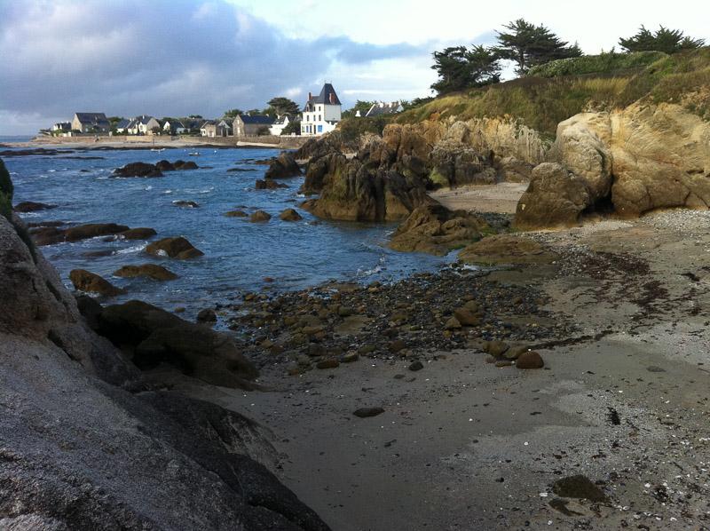 Le village de Piriac sur Mer vu d'une crique