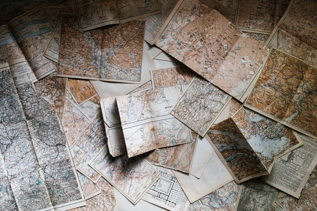 Une multitude de cartes, de chemins s'ouvrent à nous