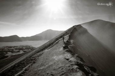 Sur le cratère du mont Bromo, Java, Indonésie