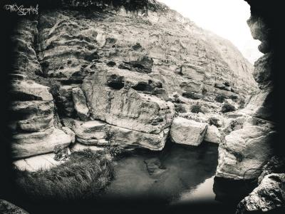 Wadi Shaab - canyon en noir et blanc